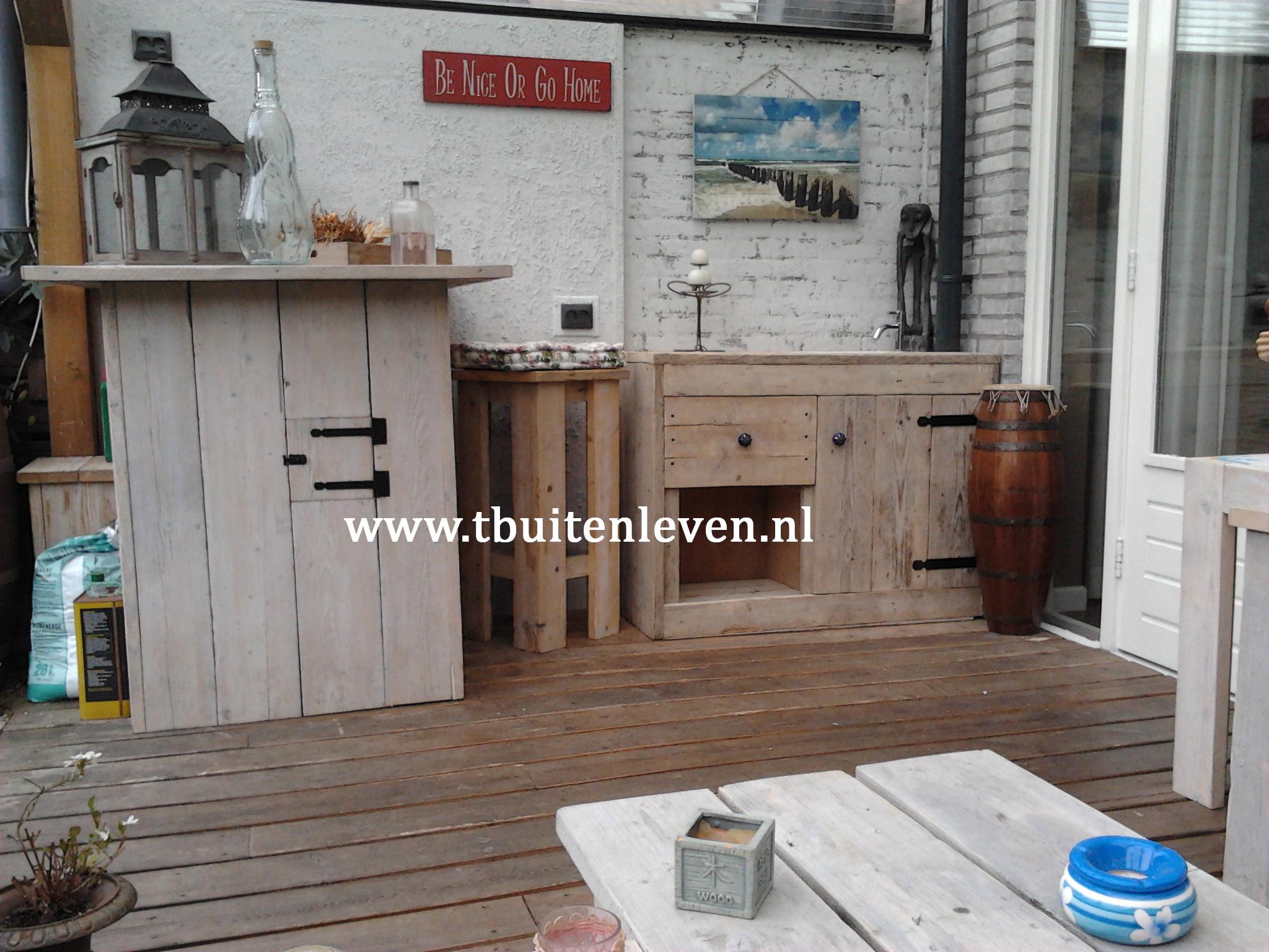 Keuken onder veranda