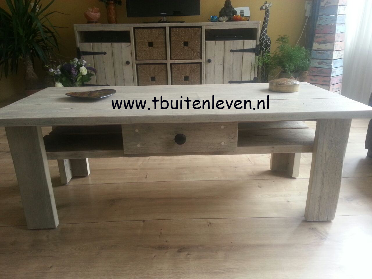 Salontafel met white-wash